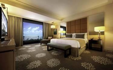 View thông thoáng từ phòng ngủ căn hộ Diamond Lotus